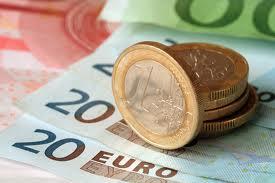 EUR/USD: план на американскую сессию 15 марта. Дальнейшее направление евро под вопросом thumbnail
